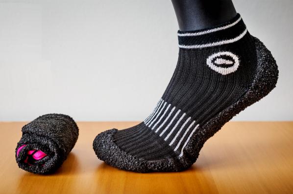 Inovativní boty SKINNERS srolujete a vložíte do kapsy