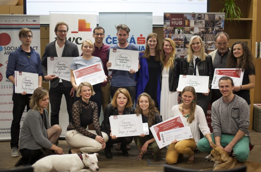 Kdo vstupuje do letního akceleračního programu Social Impact Award?