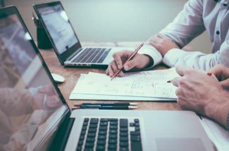 Jak začít podnikat? Základem je průzkum trhu a podnikatelský plán